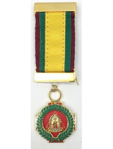 Kgc Grand Cross Scarlet Mantle Breast Jewel--crimson/green/gold